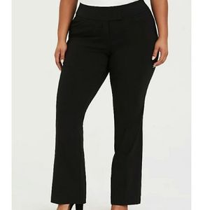 Torrid Classic Stretch Relaxed Trouser Size 12T